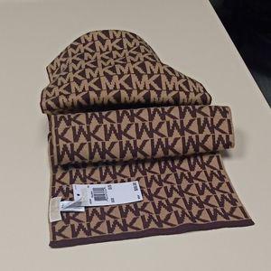 Michael kors   Chocolate  wool  logo scarf